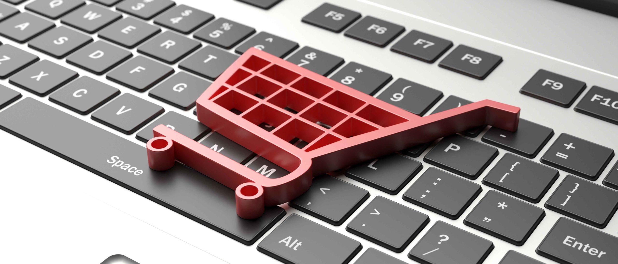 e-commerce-symbol-on-a-computer-keyboard-black-fri-PV7TGNB